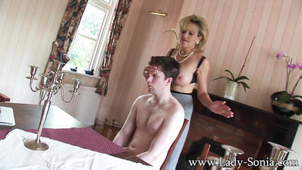 Интимное обучение парня правильному возбуждению женщины